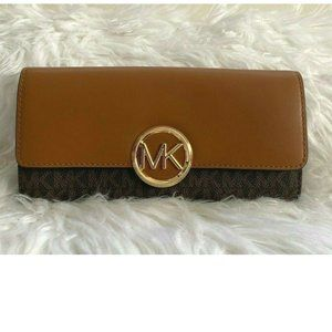 Michael Kors Large Logo  Leather Wallet